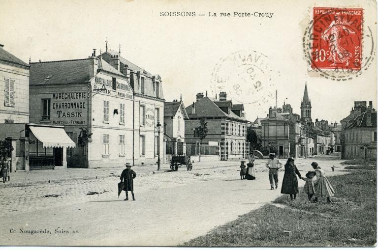 Soissons - La rue porte Crouy_0