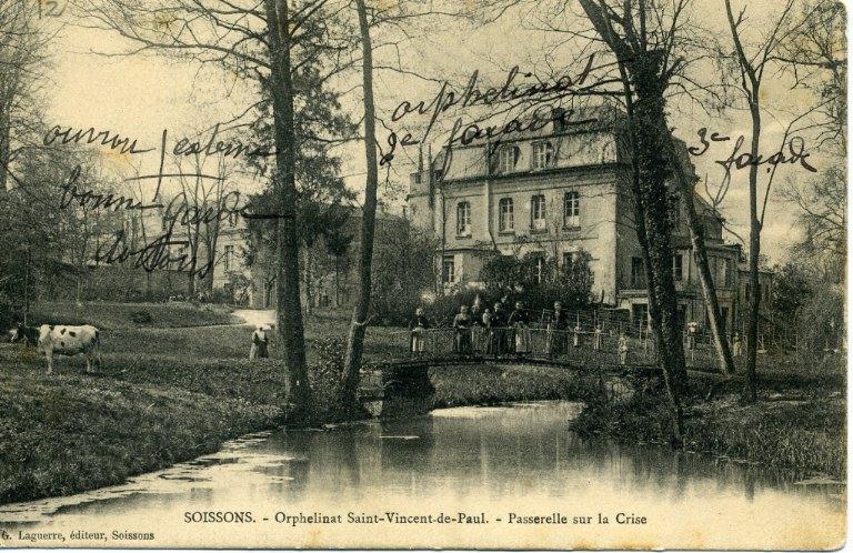 Soissons -Orphelinat Saint-Vincent de Paul - Passerelle sur la crise_0