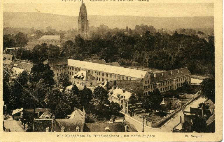 Soissons - Collège de Jeunes Filles -Vue d'ensemble de l'Etablissement - bâtiment et parc_0