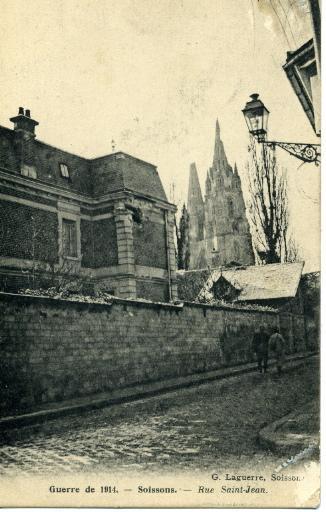 Soissons - Guerre de 1914 - Rue Saint-Jean_0