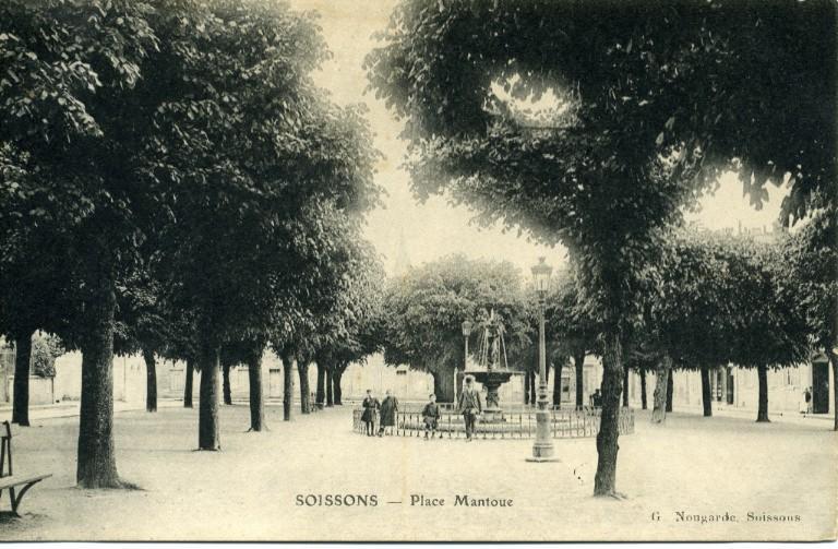 Soissons - Place Mantoue_0