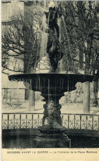 Soissons avant la guerre - La Fontaine de la Place Mantoue_0