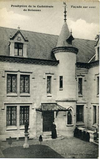 Soissons - Presbytère de la Cathédrale de Soissons - Façade sur cour_0