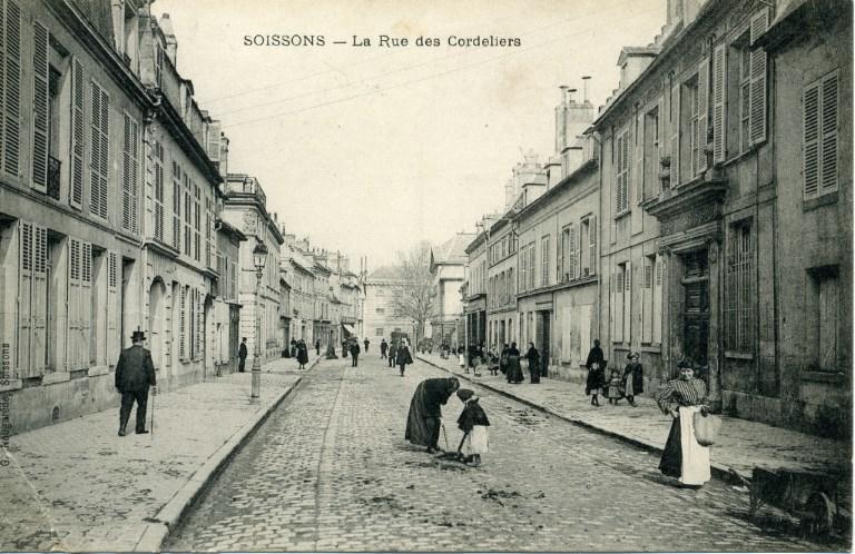 Soissons - La Rue des Cordeliers