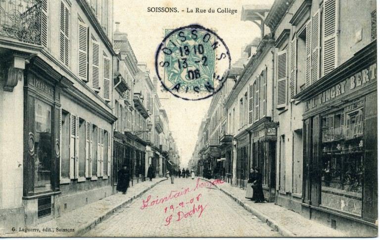 Soissons - La Rue du Collège_0