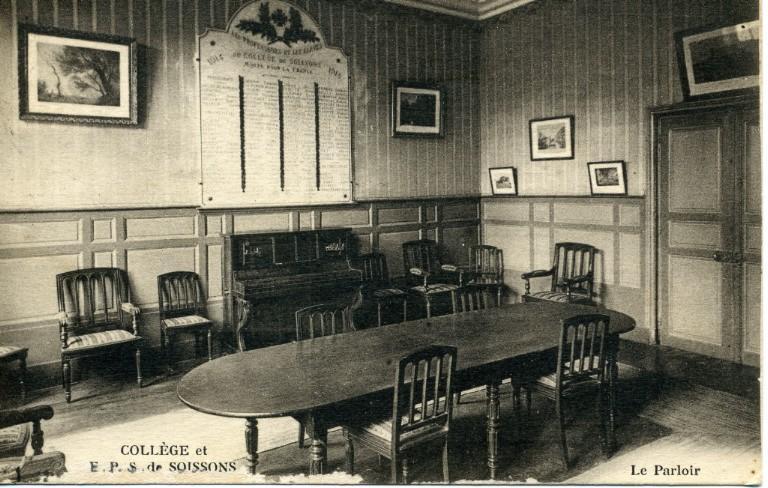 Collège et EPS de Soissons - Le Parloir_0