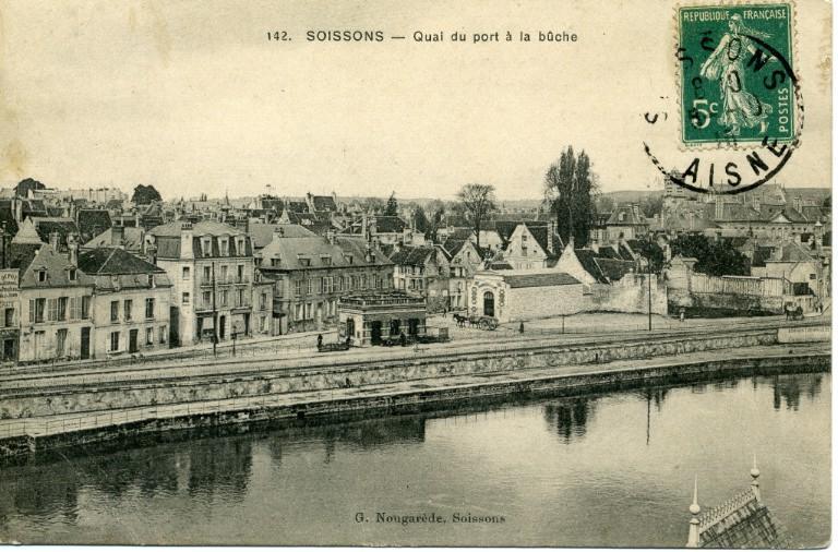 Soissons - Quai du port à la bûche