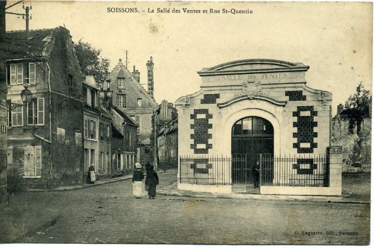 Soissons - La Salle des Ventes et Rue Saint-Quentin_0