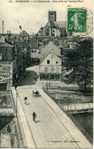 Soissons - La Cathédrale - Vue prise de l'ancien Pont_0