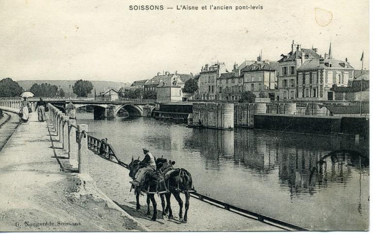 Soissons - L'Aisne et l'ancien pont-levis_0
