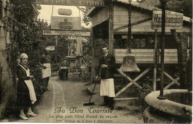 Soissons - Au Bon Touriste - Le plus petit Hôtel illustré du monde, 31 ter avenue de la Gare à Soissons_0