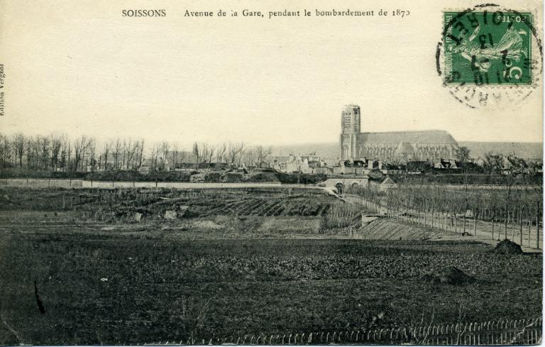 Soissons - Avenue de la Gare, pendant le bombardement de 1870