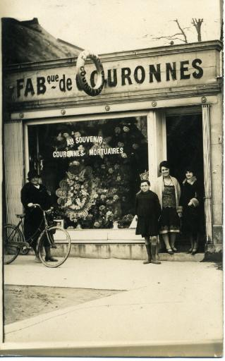 Soissons - Fabrique de couronnes mortuaires_0