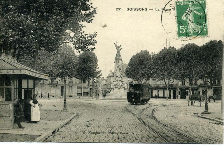 Soissons - La Place_0