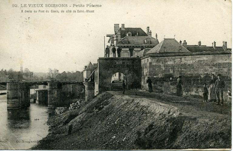 Le Vieux Soissons - Petite poterne à droite du Pont du Génie, du côté de Saint-Waast_0