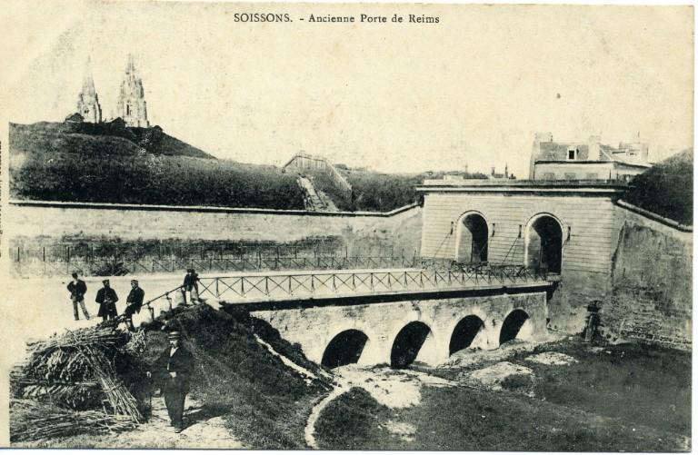 Soissons - Ancienne Porte de Reims_0