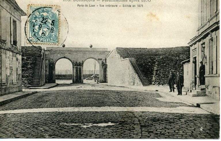 Soissons - Fortifications après 1870 - Porte de Laon - Vue intérieure - Édifiée en 1871