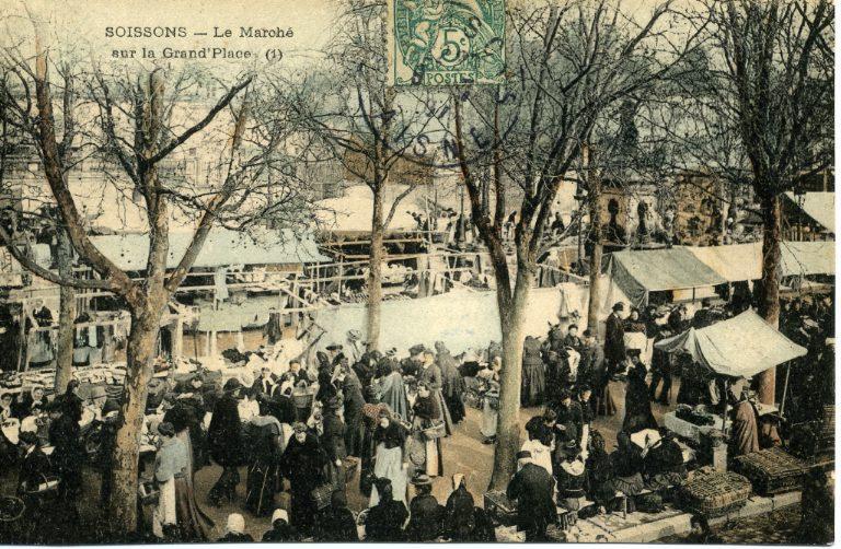 Soissons - Le Marché sur la Grand'Place_0