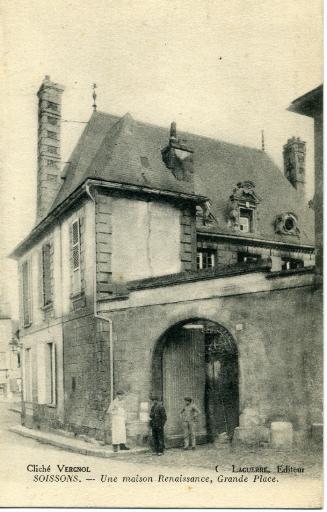 Soissons - Une maison Renaissance, Grande Place_0