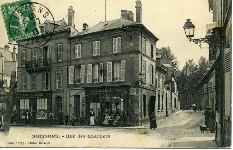 Soissons - Rue des Charliers_0