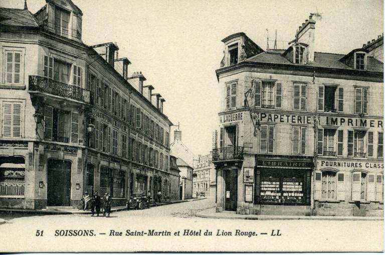 Soissons - Rue Saint-Martin et Hôtel du Lion Rouge_0