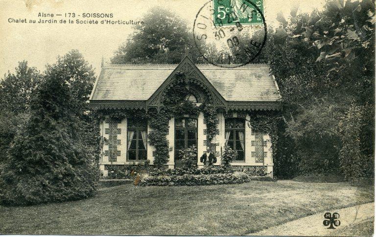 Soissons - Chalet au Jardin de la Société d'Horticulture_0