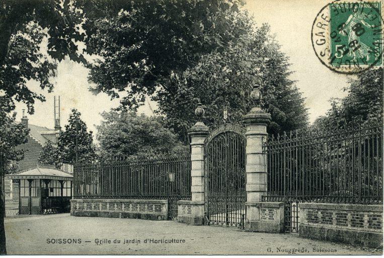 Soissons - Grille du jardin d'Horticulture_0