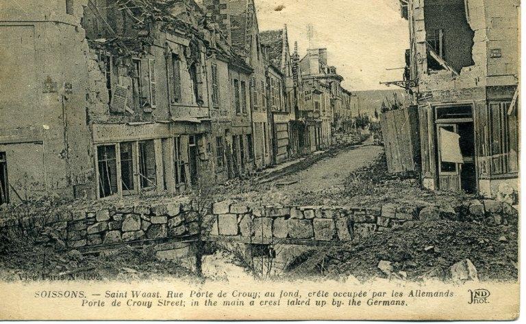 Soissons - Saint-Waast, Rue Porte de Crouy, crête occupée par les Allemands_0