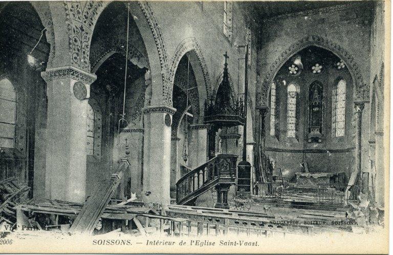 Soissons - Intérieur de l'église Saint-Waast_0