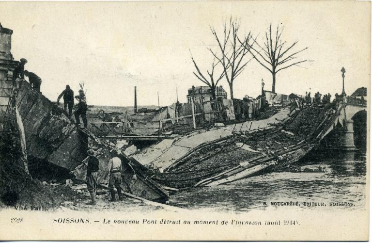 Soissons - Le nouveau Pont détruit au moment du l'invasion (aout 1914)_0