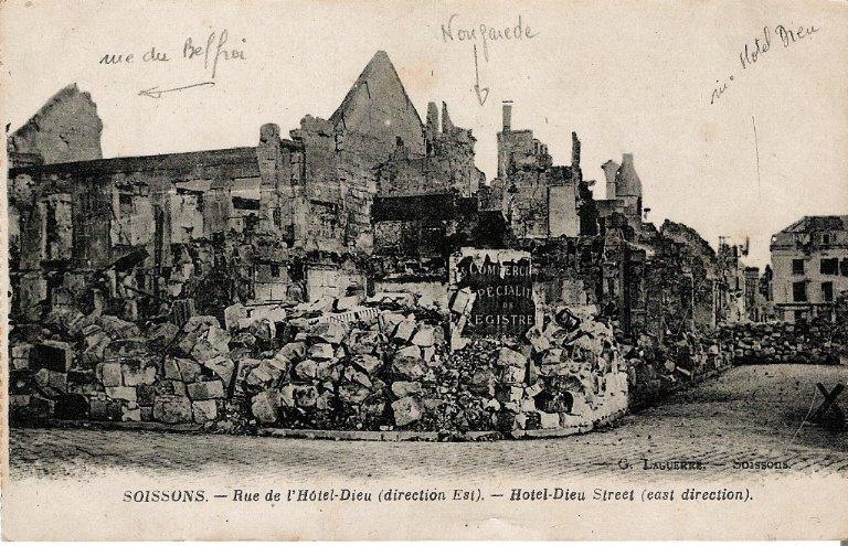 Soissons - Rue de l'Hôtel-Dieu (direction Est)_0