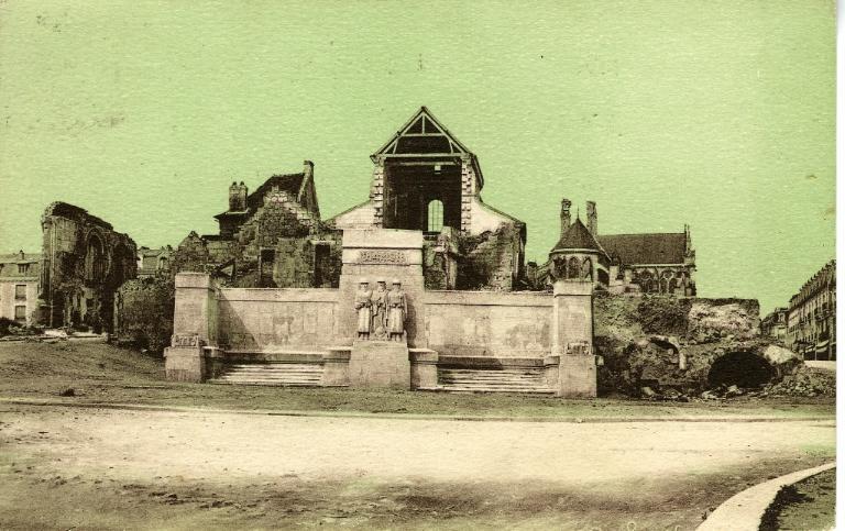 Soissons - Monument des Anglais_0