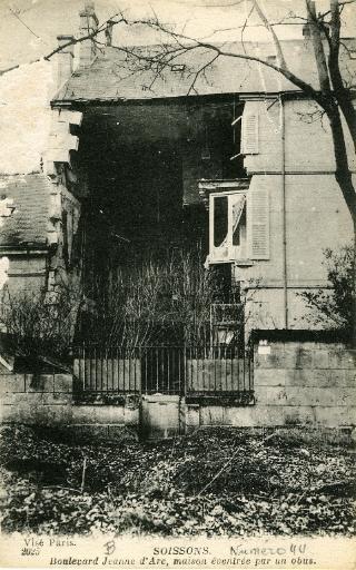 Soissons - Boulevard Jeanne d'Arc, maison éventrée par un obus_0