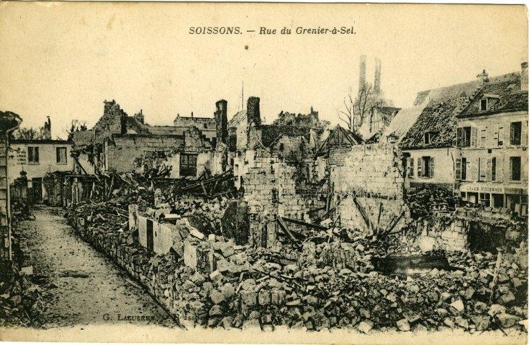 Soissons - Rue du Grenier-à-Sel_0