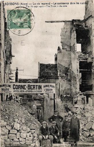 Guerre 1914-1918 - Soissons - La vie reprend - Le commerce dans les ruines_0