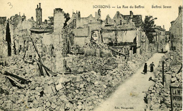 Soissons - La Rue du Beffroi_0