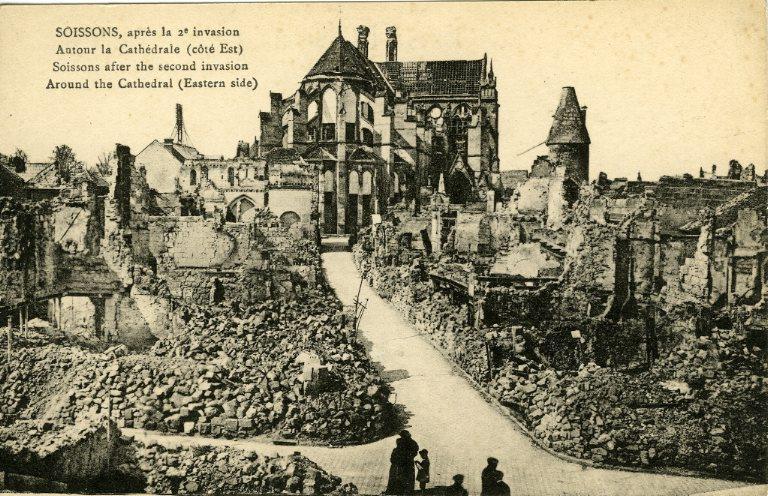 Soissons après la 2e invasion - Autour de la Cathédrale (côté Est)_0