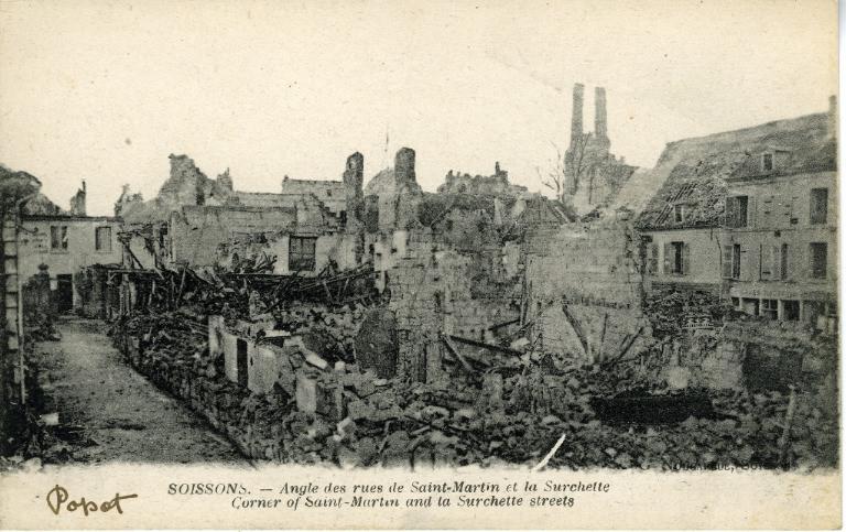 Soissons - Angle des rues de Saint-Martin et la Surchette_0