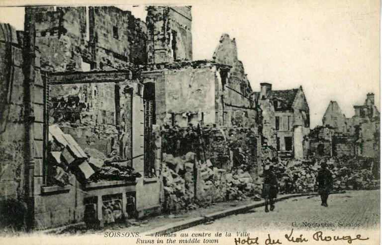 Soissons - Ruines au centre de la Ville_0