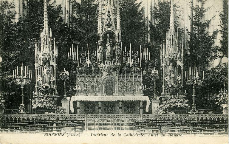 Soissons - Intérieur de la Cathédrale - Autel du Rosaire_0