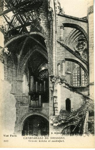 Cathédrale de Soissons - Grande brèche et contrefort_0