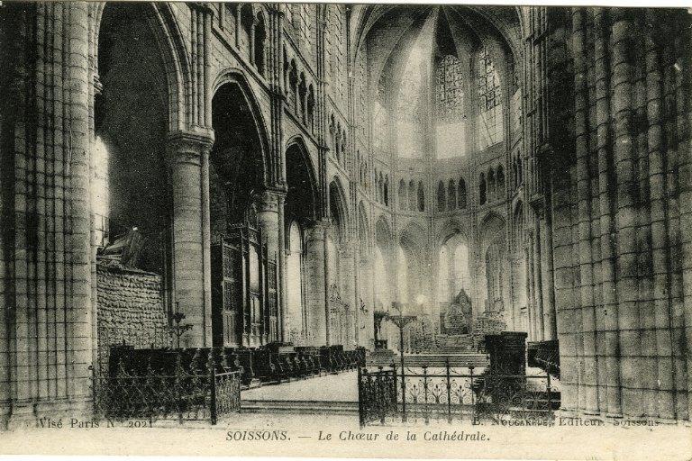 Soissons - Le Choeur de la Cathédrale_0