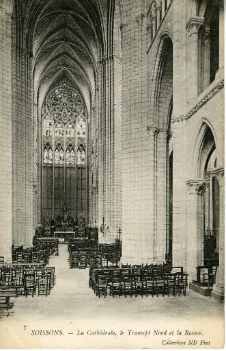 Soissons - La Cathédrale - Le Transept Nord et la Rosace_0