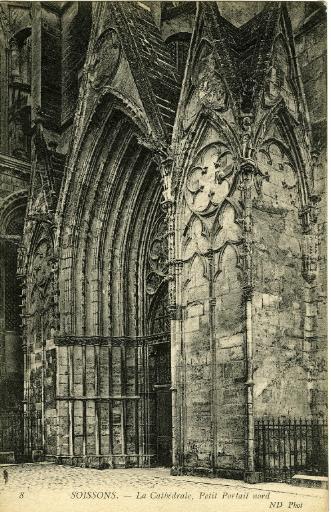 Soissons - La Cathédrale, petit portail nord