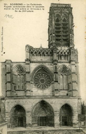 Soissons - La Cathédrale. Façade commencée dans la seconde moitié du XIIème et terminée à la fin du XVème siècle_0