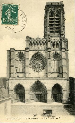 Soissons - La Cathédrale, la Façade_0