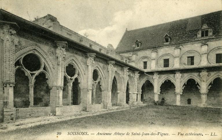 Soissons - Ancienne Abbaye Saint-Jean-des-Vignes - Vue extérieure_0