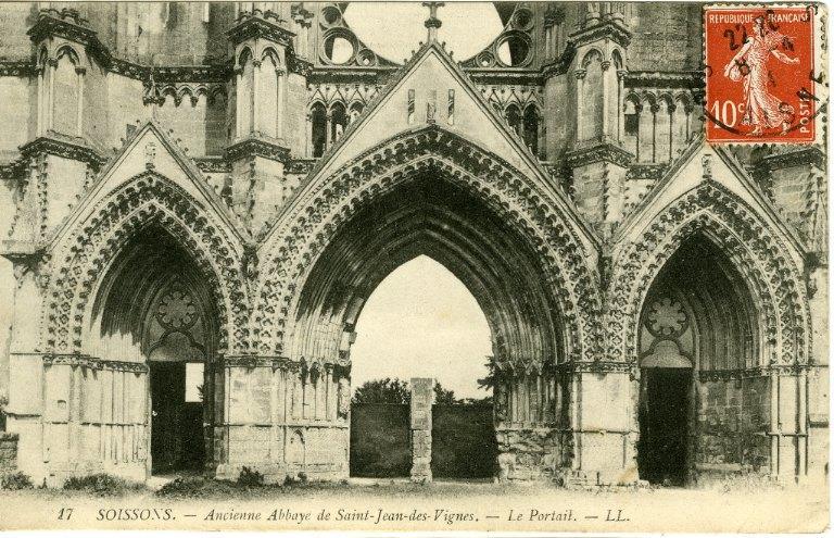 Soissons - Ancienne Abbaye Saint-Jean-des-Vignes - Le Portail_0