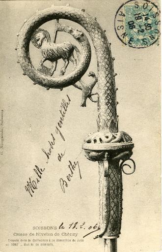 Soissons - Crosse de Nivelon de Chérizy. Trouvée dans la Cathédrale à la démolition du Jubé en 1867 - musée de Soissons_0