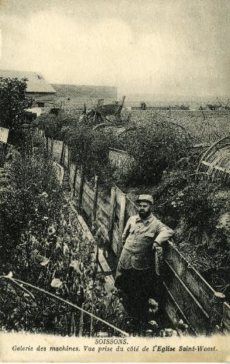 Guerre de 1914-1915 - Soissons - Galerie des machines, vue prise du côté de l'Église Saint-Waast_0